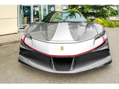 Ferrari SF90 Stradale Lift Carbon